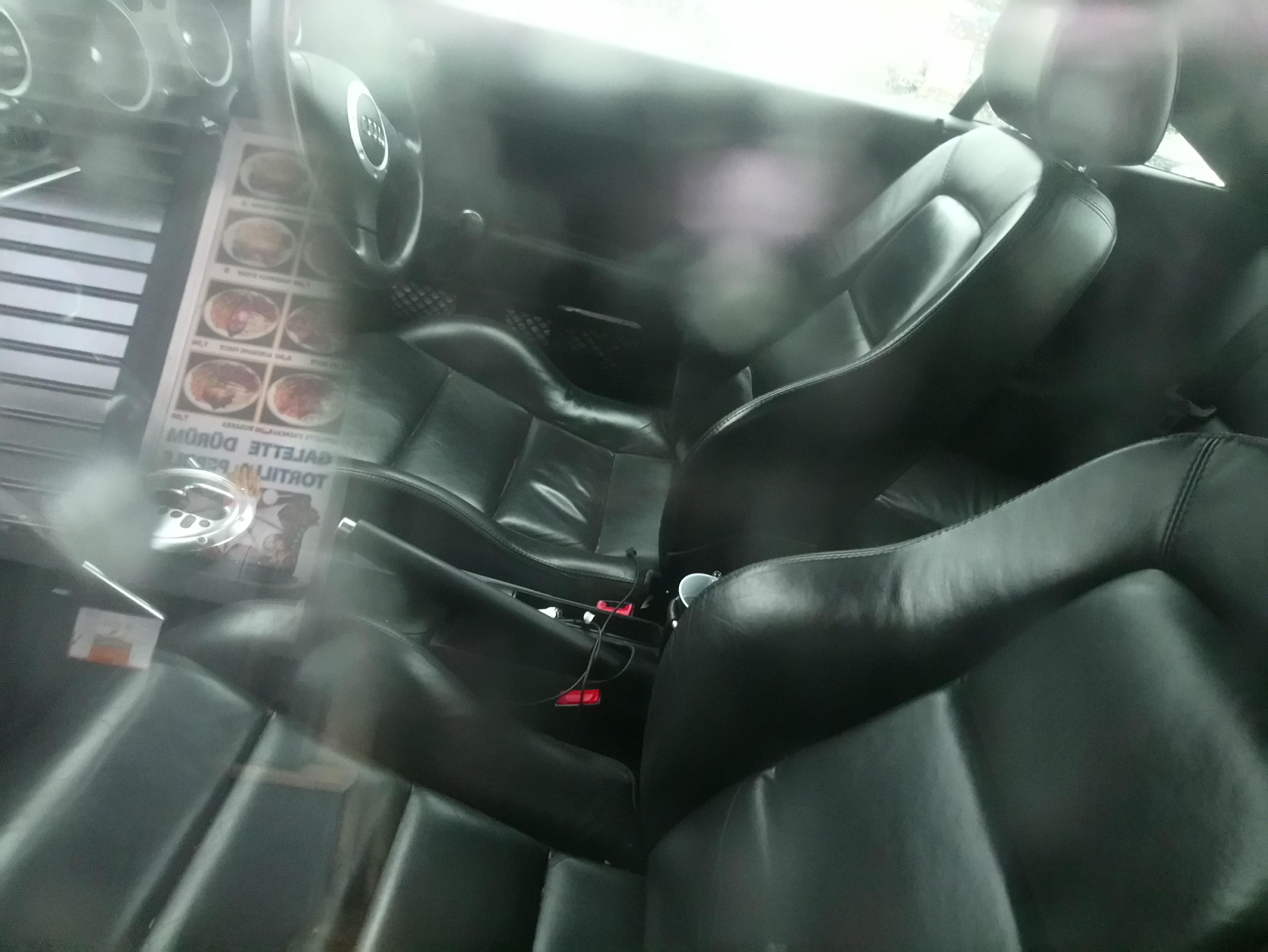intérieur AUDI TT V6